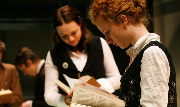 jonge onderzoekers jeugdtheaterschool- meeuw jonge theatermakers