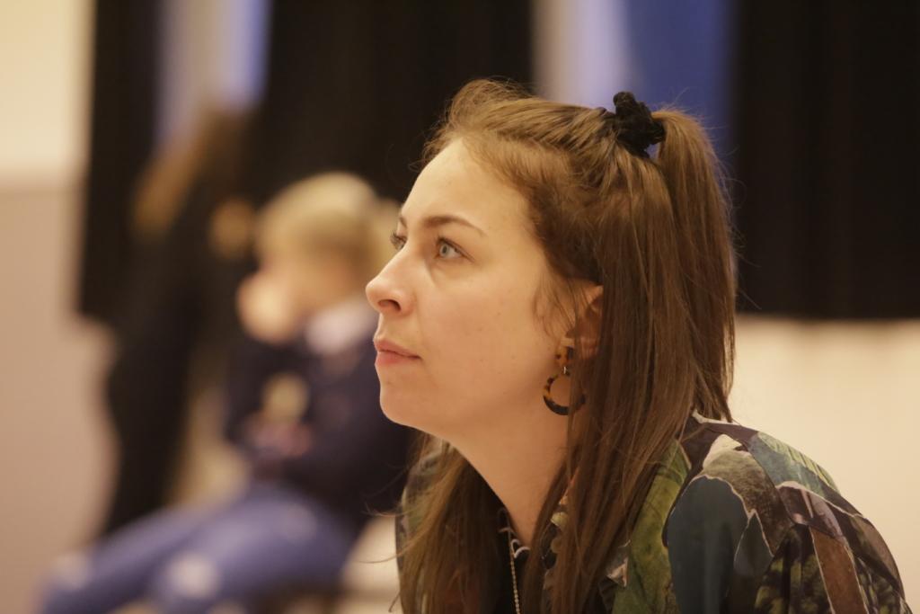 Coco de Haas - docent jeugdtheaterschool junior - meeuw jonge theatermakers